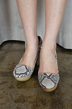 (50%OFF)durbuy ACUTE CUT PUMPS